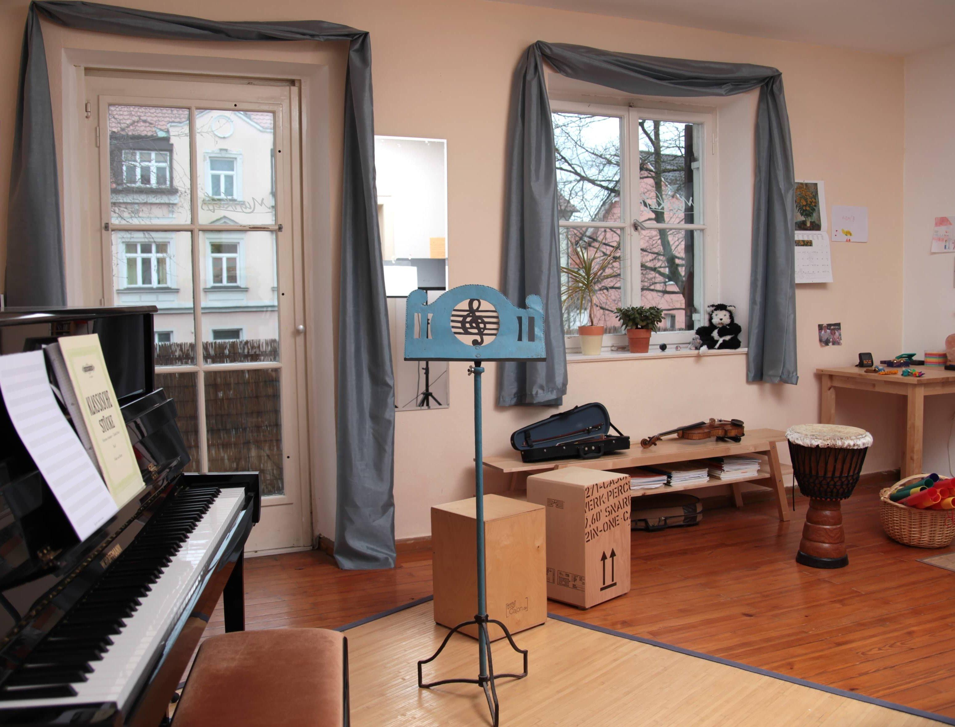 Kreativer Geigenunterricht in Memmingen beim Kemptertor